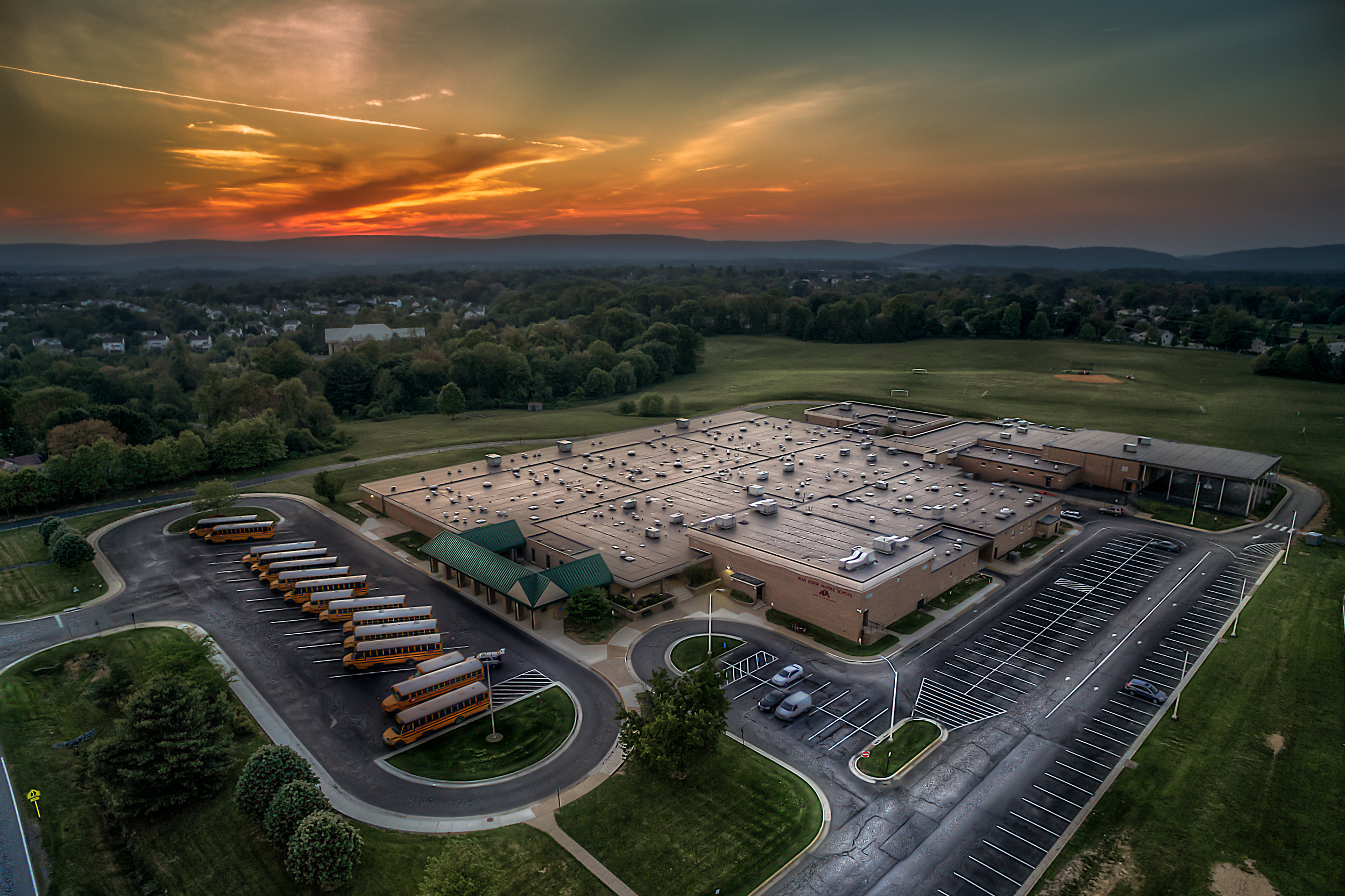 Hey, it's a aerial shot of a school that's not Handley!    This is Blue Ridge Middle School in Purcellville, VA.